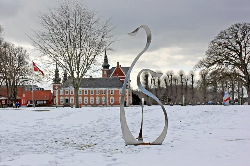 Per Sommers svaner i Jægerspris Slots park.
