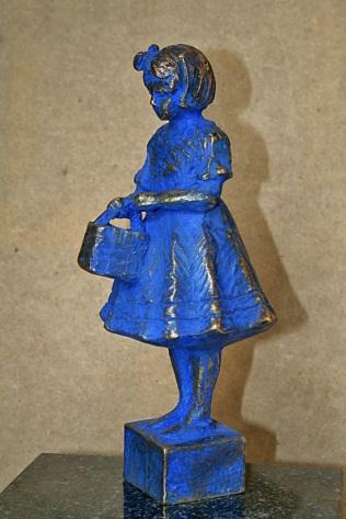 """""""Irma pigen"""" bronze, 28 cm."""