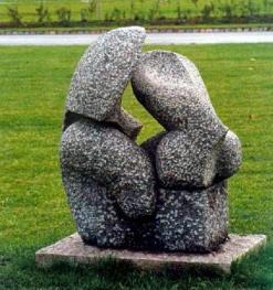 Tre stadier. 1990, granit