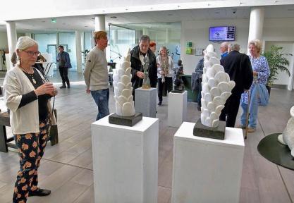 Lene Stevns ved Steffen Harders marmor-skulpturer